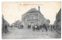 LE PUISET - La Grande Rue (vue Animée Devant Le Café BALLOT - Voiture, Vélos, Cheval) - Otros Municipios