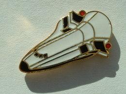 PIN'S NAVETTE SPACIAL - Space