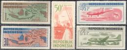 3184 War Blocade Planes Aviation Ships 1948 Indonesia 5v Set MNH ** 30ME - Militaria