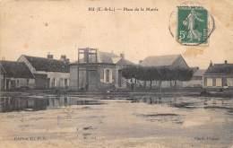EURE ET LOIR  28  BU  PLACE DE LA MAIRIE - France