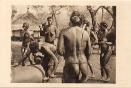 OUBANGUI CHARI - Afrique Equatoiale Française - Femmes Nues Au Tam-Tam - Photo René Moreau (103194)) - Ciad