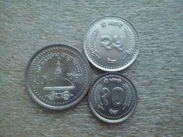 Nepal  10 - 50 Paisa , UNC (same Type Backside) - Nepal