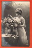 GBM-09 Vive Sainte-Catherine, Jeune Femme Et Bouquet De Fleurs. Circulé - Sainte-Catherine