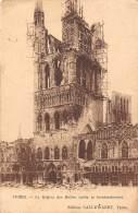 YPRES - Le Beffroi Des Halles Après Le Bombardement - Ieper