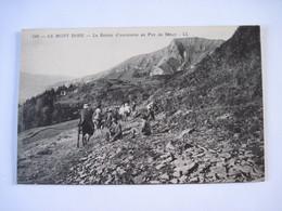 CPA  63  LE MONT DORE Le Retour D'excursion Au Puy De Sancy  Animée     T.B.E. - Le Mont Dore