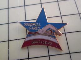 Pin1015a Pin's Pins / Rare Et De Belle Qualité  : SPORTS / SEATTLE 90 GOODWIL GAMES NATATION LES J.O. DES JALOUX - Swimming