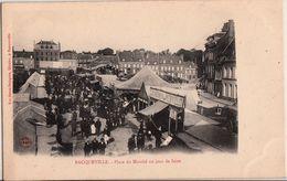BACQUEVILLE-PLACE DU MARCHE UN JOUR DE FOIRE - France