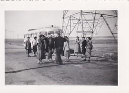 MINI PHOTO---Sortie En Car Avril 1955--( Bus-car )--voir 2 Scans - Photographs