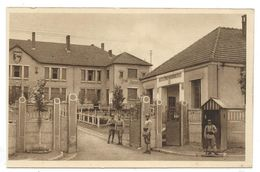 CPA - CAMP DE BOCKANGE, LE POSTE DE POLICE - Piblange, 57 - Animée - Edit. R. Liriot à Metz - Aujourd'hui, Camp En Ruine - Caserme