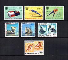 Madagascar  1975-76 .-  Y&T  Nº  573/575-576/577-578/579   (  *  Sin Goma  ) - Madagascar (1960-...)