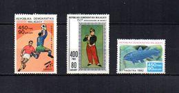 Madagascar   1982   .-   Y&T Nº   17-18-19   Blocks - Madagascar (1960-...)