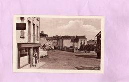 Carte Postale - LOUDES - D43 - Cure D'air Hôtel Borie Et La Place - Loudes