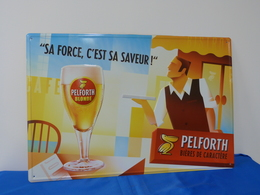 "Plaque Métal ""PELFORTH"" Blonde. - Advertising (Porcelain) Signs"