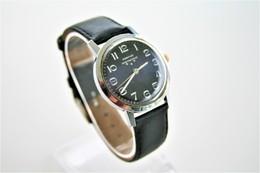 Watches : PONTIAC * * * MEN INTERNATIONAL HAND WIND - 1960-70's  - Original - Swiss Made - Running - Excelent Condition - Montres Modernes