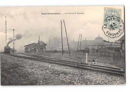 CPA 80 Nesle Normandeuse La Gare La Verrerie Et Le Train - Nesle