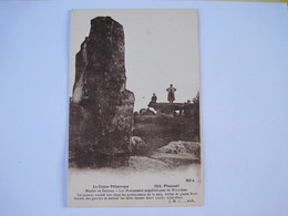 CPA  23  Pionnat Menhir Et Dolmen   T.B.E. - Non Classés
