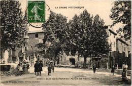 BUIS LES BARONNIES ,PORTAIL DES FRERES ,L'OCTROI ,BEAU PLAN ANIME REF 55445 - Buis-les-Baronnies