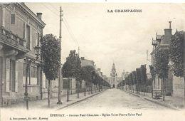 LA CHAMPAGNE . EPERNAY . AVENUE PAUL CHANDON . EGLISE SAINT-PIERRE-SAINT-PAUL . ECRITE AU VERSO - Epernay