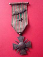 Croix De Guerre Française 1914-1915 Avec Palme Bronze, étoile Bronze - France