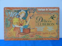 """Plaque Métal """"LES DELICES DU LUBERON"""" Fabrique De Tapenades - Advertising (Porcelain) Signs"""