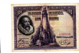 Lot De Deux Billets De CIEN PESETAS 1925 ET 1928 Bon état Voir Scans - [ 1] …-1931 : First Banknotes (Banco De España)