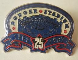 DODGER Baseball STADIUM Pin - Button Badge Lapel 1987 - Baseball