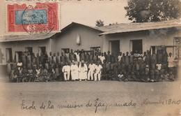 ZAGNADADO - Ecole De La Mission Africaine En 1940 ( Carte-photo )     En L'état   ( Rare ) - Dahomey