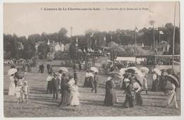 CPA Courses De La Chartre Sur Le Loir - Traversée De La Foule Sur La Piste - France