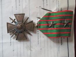 Livret + Croix De Guerre Soldat Perpignan - France