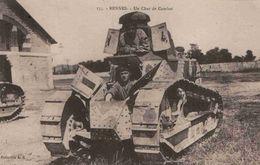 CPA  Rennes Char De Combat - Materiale