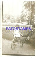 90778 REAL PHOTO TRICYCLE TRICICLO WITH BABY AND MAN IN ARGENTINA NO POSTAL POSTCARD - Cartoline