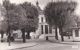 CPSM Dentelée NB En PF De CRETEIL  (94)  -  La  Mairie    //  TBE - Creteil