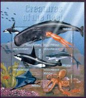 MOZAMBIQUE   1410   MINT NEVER HINGED MINI SHEET OF FISH-MARINE LIFE     (  WHALE - Meereswelt