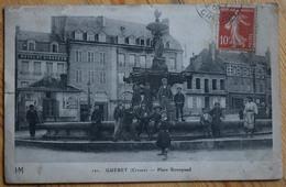 23 : Guéret - Place Bonnyaud - Animée - Mauvais état : Feuillets Partiellement Décollés, Déchirure, Angle... - (n°10351) - Guéret