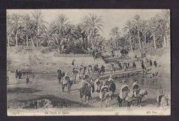 CPA AFRIQUE DU NORD - Un Défilé De Spahis - TB PLAN Militaires à Cheval + Jolie Oblitération 1908 Verso - Algeria
