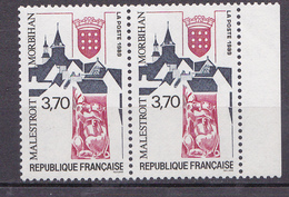 N° 2588 Série Touristique: Malestroi : Une Paire De 2 Timbres Neuf Impeccable - France