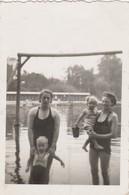 Ohain - Les - Bains,(Lasne ) , La Plage , Photo 8,5 X 5,7 Cm ,femme En Maillot , 1938 - Lasne