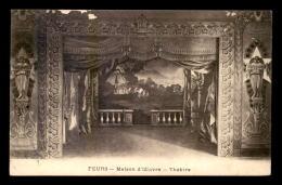 42 - FEURS - MASION D'OEUVRE - LE THEATRE - Feurs