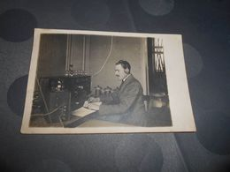 7063 - Carte-Photo, Souvenir De Mr Hontuys, Télégraphie Sans Fil, Radio Et Télégramme, BRUXELLES, 1922 - Belgique