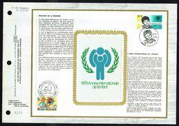 "FDC Soie Gd Format - COB  N° 1944 - TINTIN - Oblitération: "" JODOIGNE - 29/9/1979 "" + COB N° 1957. - 1971-80"