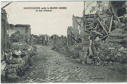 CPA - 80 - MONTDIDIER - Après La Grande Guerre La Rue D'Amiens - - Montdidier