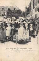PONT-AVEN - Fête Des Fleurs D'Ajoncs - Concours De Costumes Bretons - Pont Aven