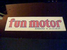 Autocollant Reparateur Moto  FUNMOTORS A Soissons - Autocollants