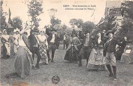 ¤¤  -   Une Bourrée à Huit   -  Anciens Costumes Du VELAY   -   ¤¤ - France