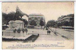 71..CHALON- SUR-  SAONE -  PLACE  DE LA REPUBLIQUE  ET BOULEVARD    BE  1F990 - Chalon Sur Saone
