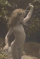 ENFANTS - LITTLE GIRL - MAEDCHEN - Jolie Carte Fantaisie Portrait Fillette Nue (naked Little Girl ) - Ritratti