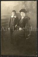 Photo Postcard / Foto / Photograph / Boy / Garçon / Mother / Mère / Used - Photographie