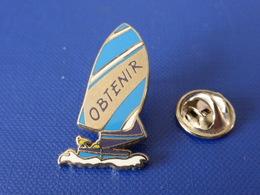 Pin's Voilier - Obtenir - Course Bateau Régate - Zamac Coinderoux Privilège (PQ52) - Sailing, Yachting