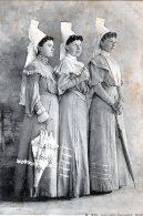 LES TROIS GRACES DU POITOU JEUNES FILLES EN COSTUMES  1906 TBE - France