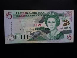CARAIBES ORIENTALES : 5 DOLLARS  ND 2000  P 37m   NEUF - Caraïbes Orientales